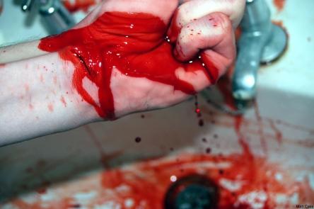 slit_wrists_by_mato56